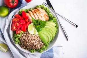 Zbyt słone jedzenie niszczy mózg!